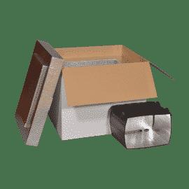 Caisse en carton équipée d'une protection isotherme interne résistante afin d'être adaptée pour le transport ainsi qu'à la protection et à l'expédition de produits frais ou surgelés du secteur agroalimentaire et de l'e-commerce.